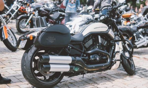 Motorbike Saddlebag — The Biker's Must-Have
