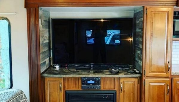 TELEVISION Walls Brackets — Keep the House Neat as well as Increase Your own Watching Encounter